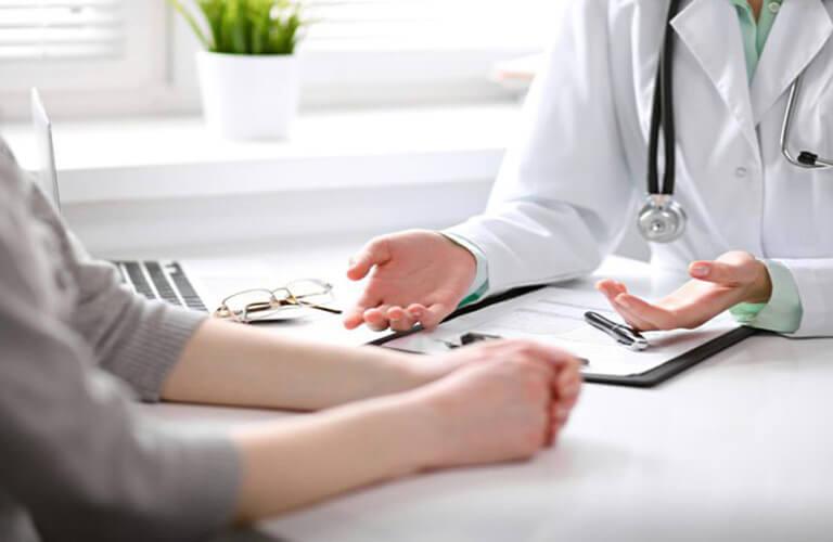 Nên dùng thuốc theo sự kê đơn và chỉ định liều dùng từ bác sĩ
