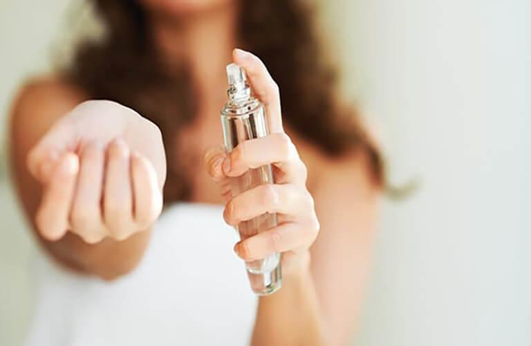 Nước hoa kích dục nữ Romany 3X nên sử dụng hợp lý, đúng mục đích, không lạm dụng và sử dụng khi đối phương chưa cho phép