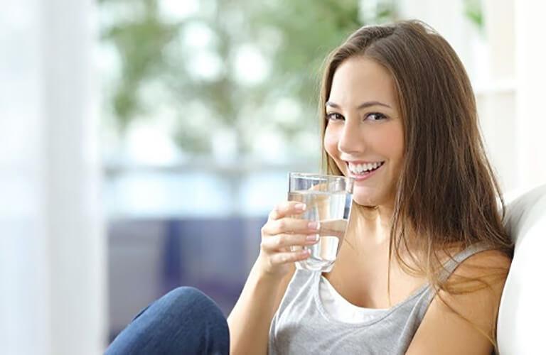 Thuốc kích dục nữ Super D dùng cùng nước lọc qua đường uống, sau khi dùng khoảng 10 phút thuốc sẽ phát huy tác dụng