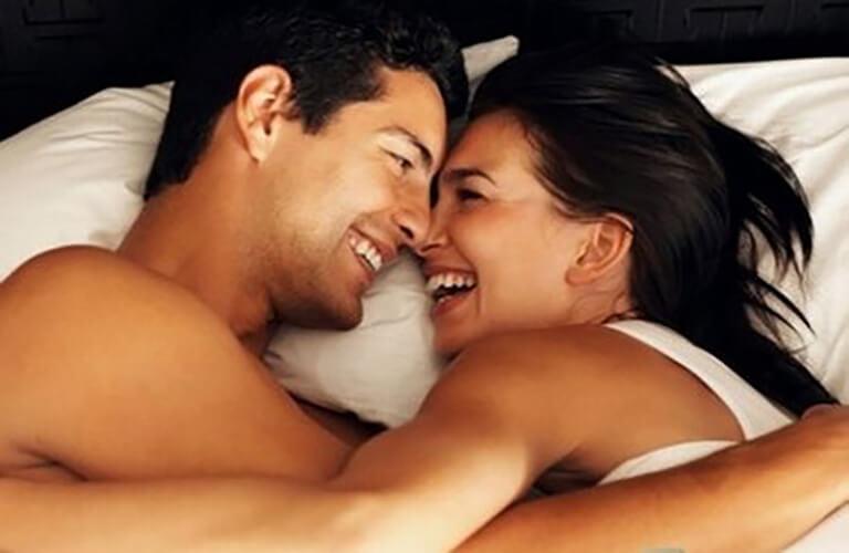 Thuốc kích dục nữ chứa các thành phần hỗ trợ làm tăng ham muốn, giúp người sử dụng có được cuộc yêu nhiều thăng hoa và thỏa mãn tình dục