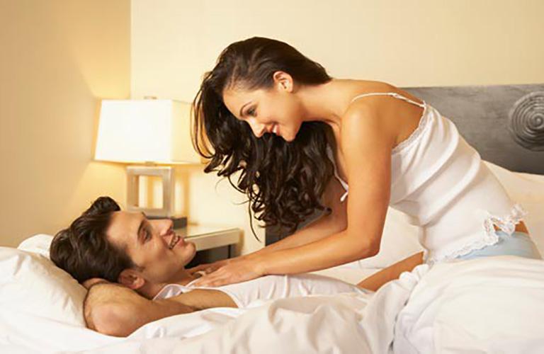 Nước hoa kích dục nữ 818 Men Black giúp tăng ham muốn tình dục một cách tự nhiên, cuộc yêu được trọn vẹn và thăng hoa hơn