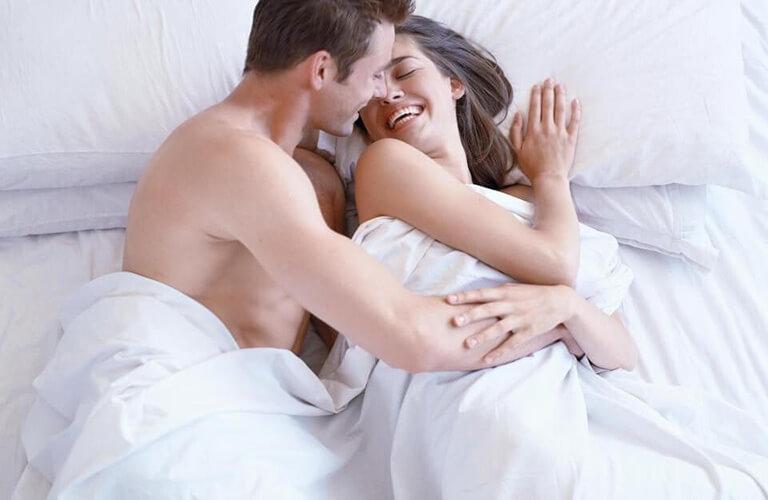 Nước hoa kích dục Covertly Kiss sau khi dùng khoảng 5 đến 10 phút sẽ dần dần phát huy tác dụng và kích thích ham muốn, giúp người dùng tạo thêm nhiều hưng phấn, khoái cảm mới lạ