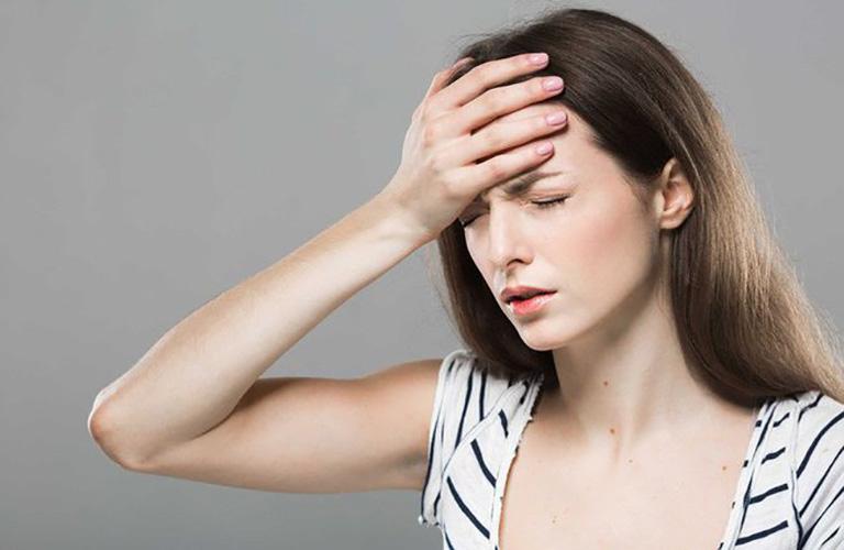 Thuốc ngủ Neuractine 2mg có tác dụng phụ như chóng mặt, đau đầu
