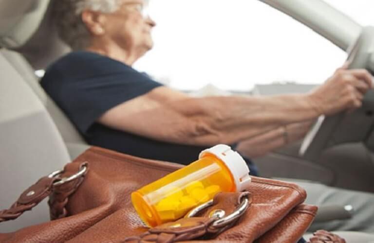 Thận trong khi dùng thuốc