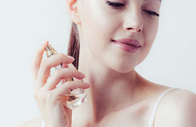 Nước hoa kích dục nữ Exite USA nên tìm hiểu rõ mọi thông tin về sản phẩm, sử dụng đúng liều lượng theo hướng dẫn để đảm bảo an toàn